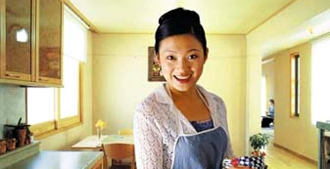 To be or not to be a housewife the modern Asian womans dilemma