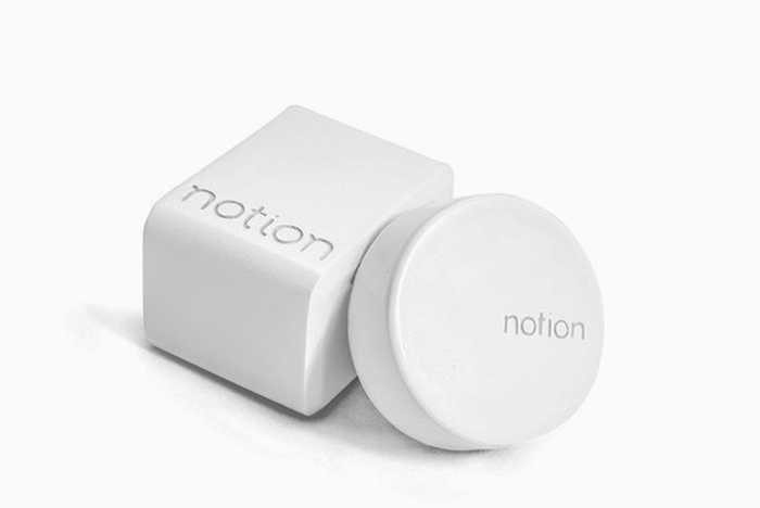 Notion Hub and sensor