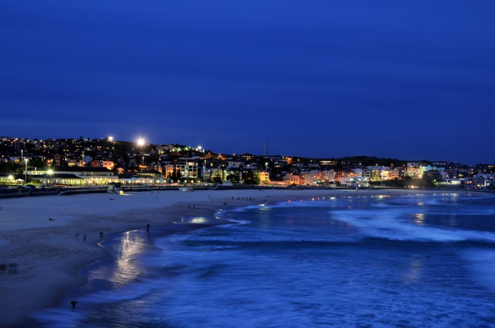 Bondi Beach by nightfall.  Image Credit: Sim Yan Ting