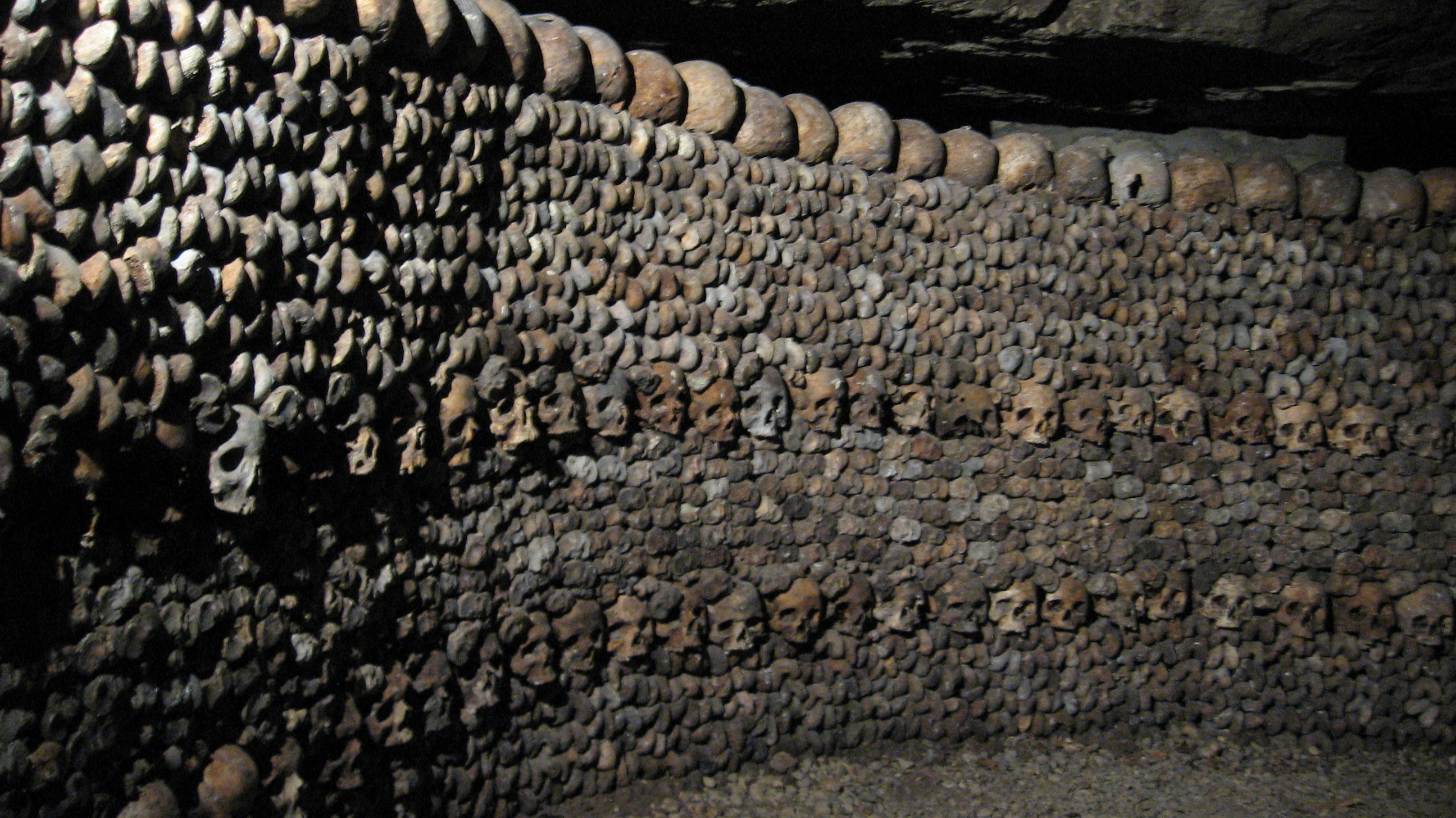 DJJ_1_Catacombes_de_Paris