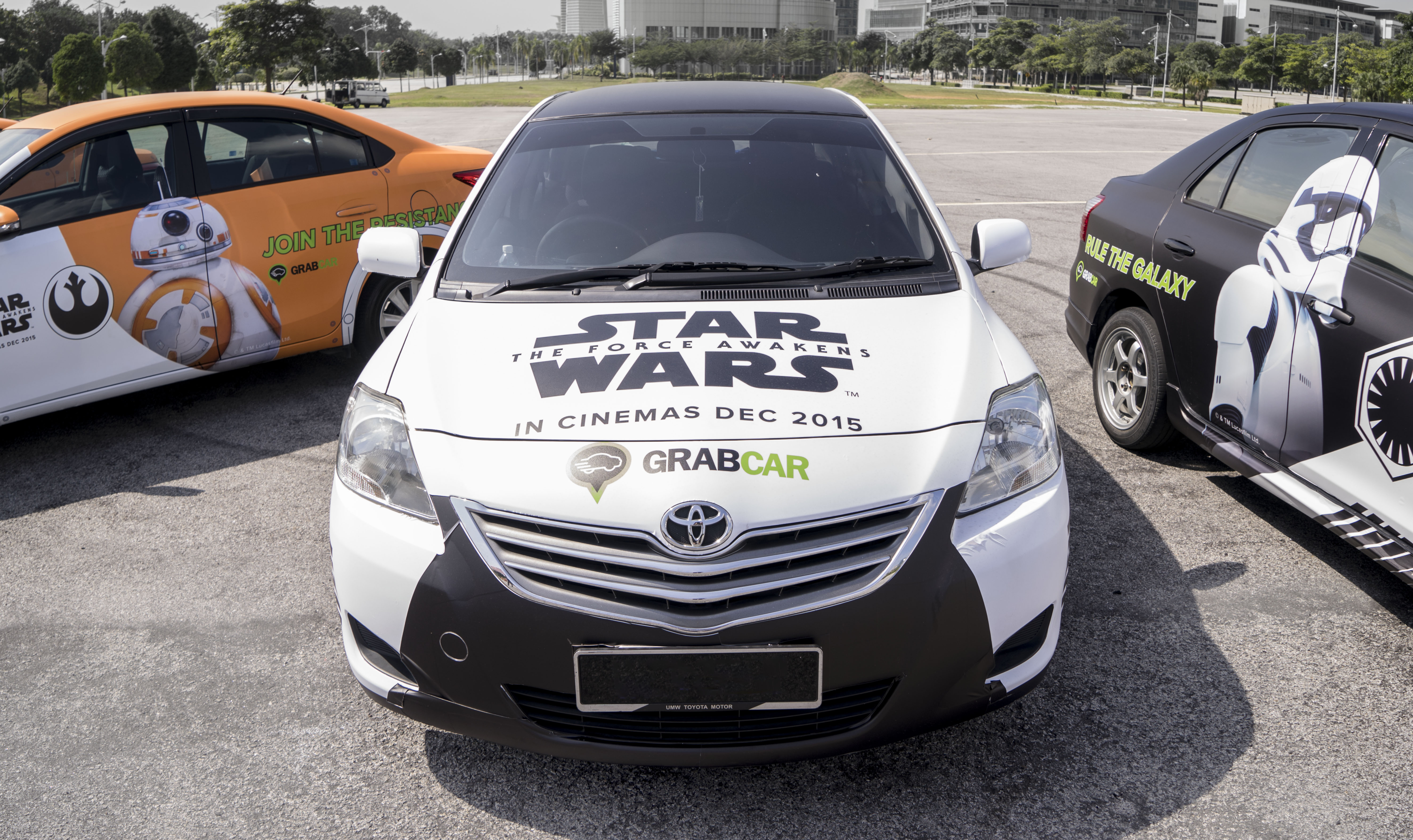 Car Wars: GrabCar Users Can Ride In Style With Star Wars-Themed Cars