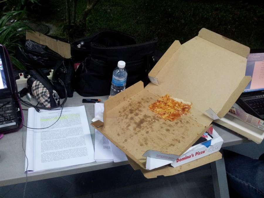 Stayed at my faculty from midnight till 7am to work and eat pizza.