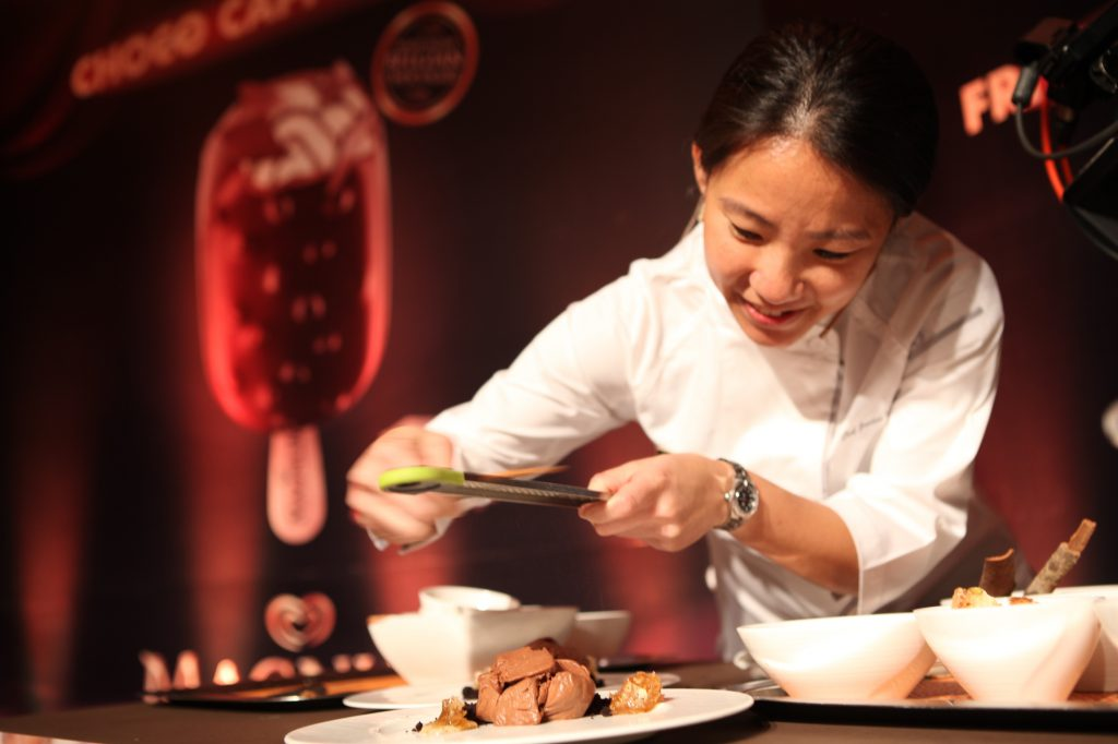 Janice at Magnum choco cappuccino masterclass/ Image credit: gobblediaries.wordpress