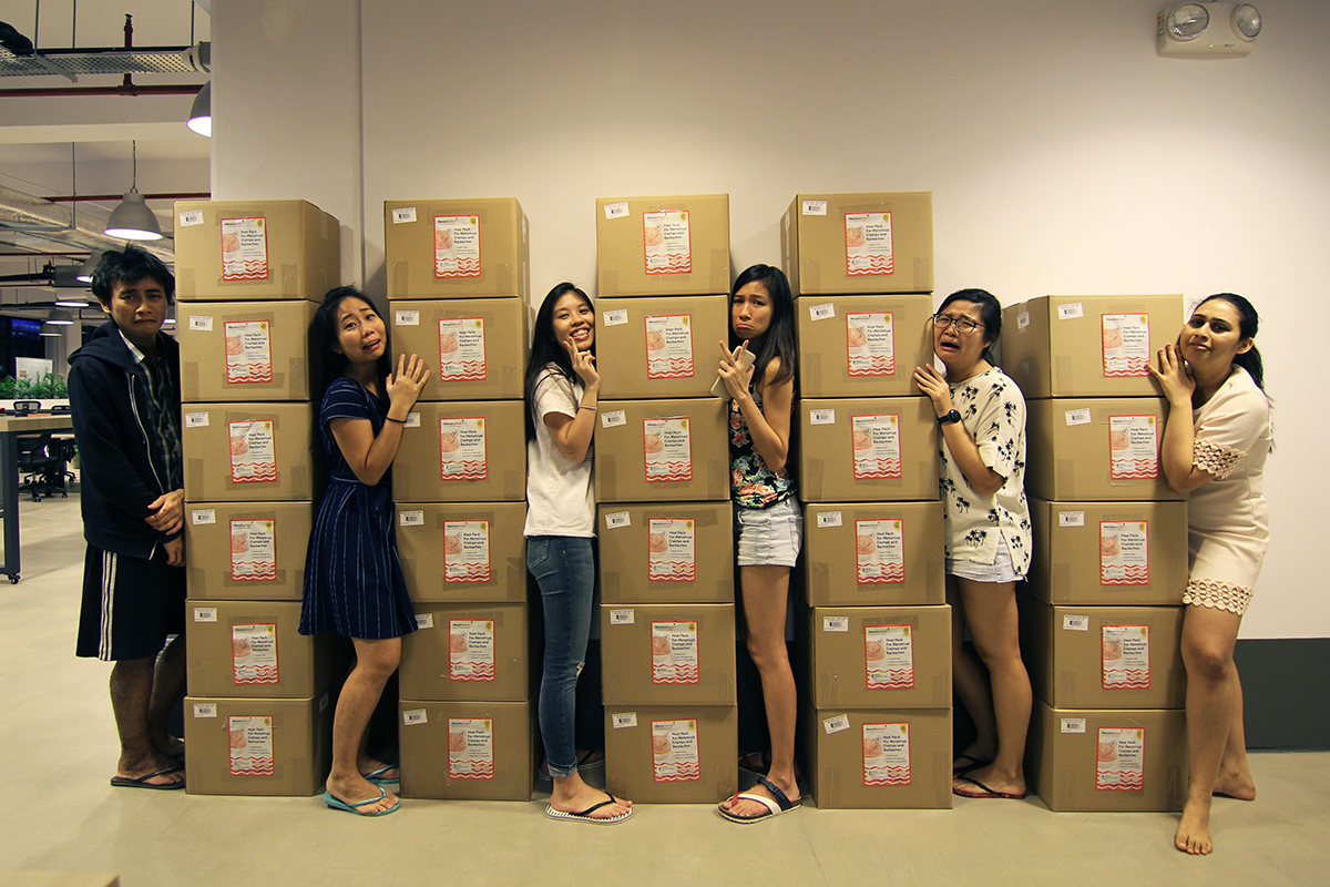 Shipment of MenstruHeat to 7-Eleven outlets / Image Credit: PSLove