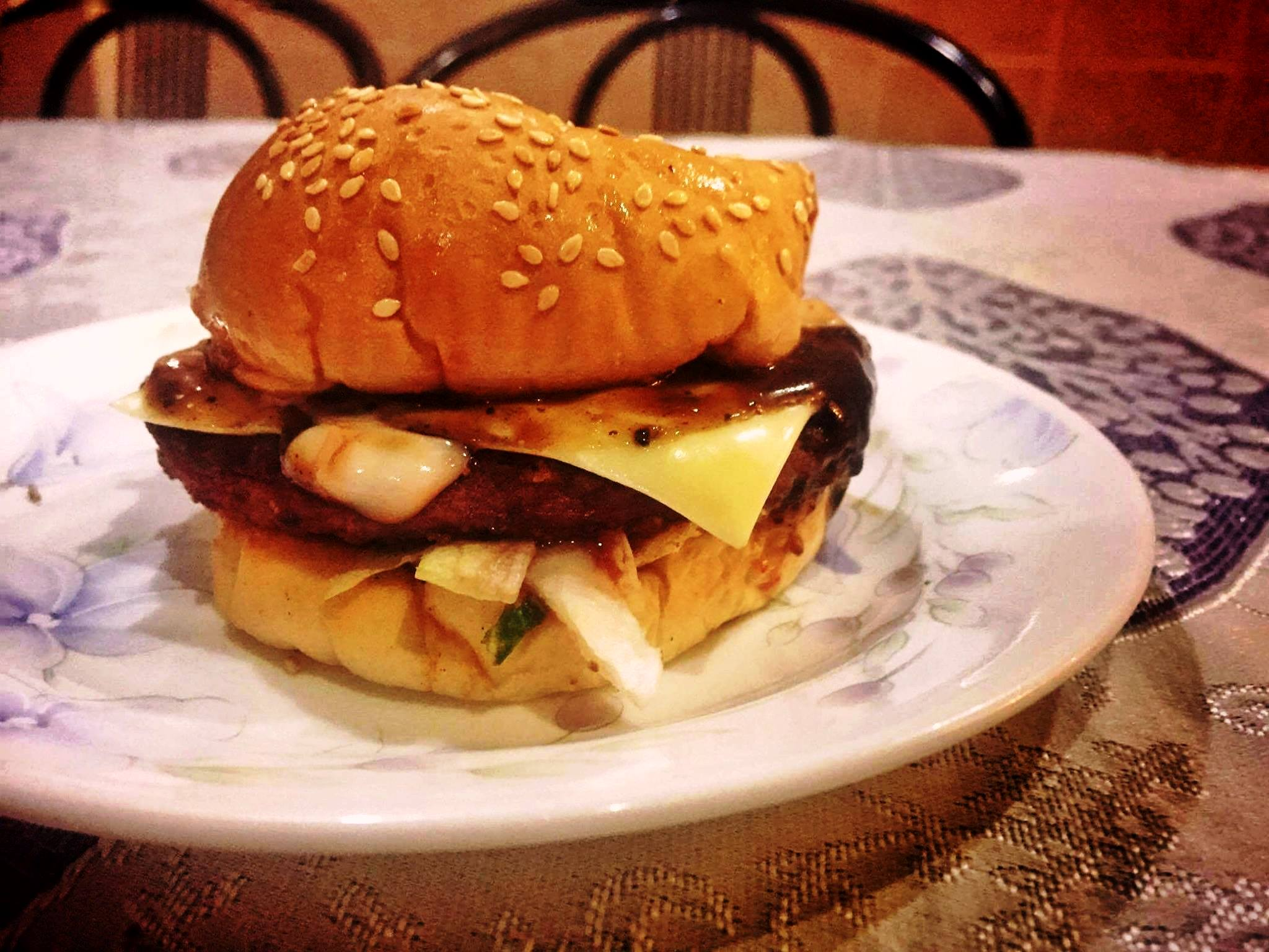ramly burger Ramly burger - malaysia's brainchild ask any malaysian if they know what's a ramly burger, and the answer will most likely be an enthusiastic yes.