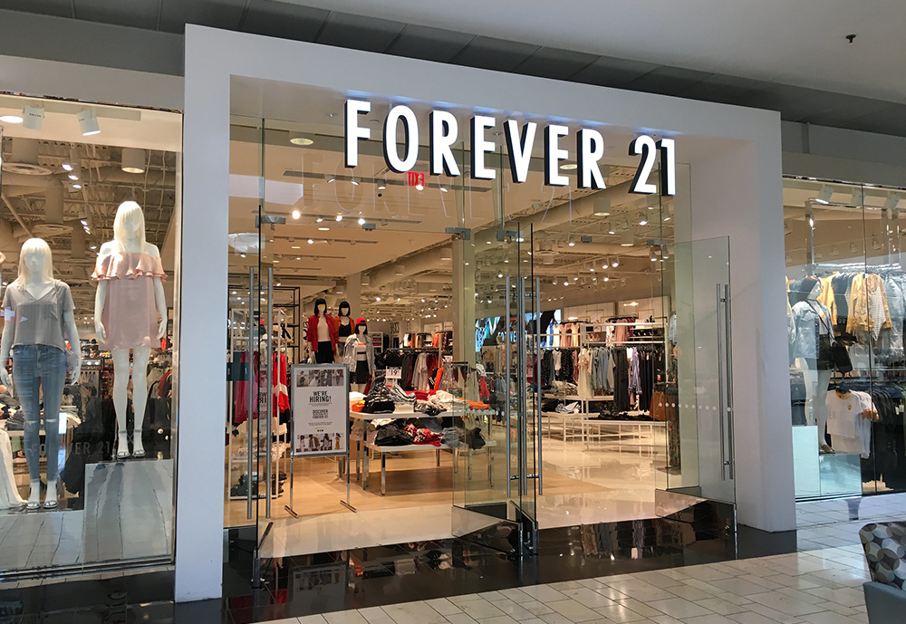 Forever 21 Singapore retail