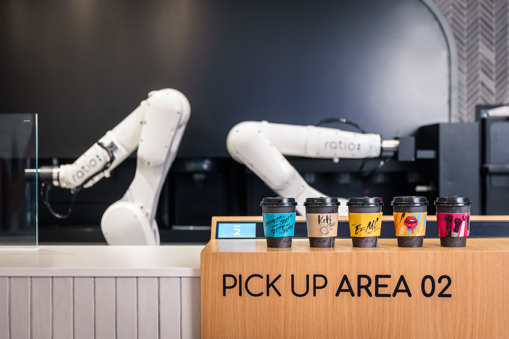 ratio singapore the world's first robotic café and lounge